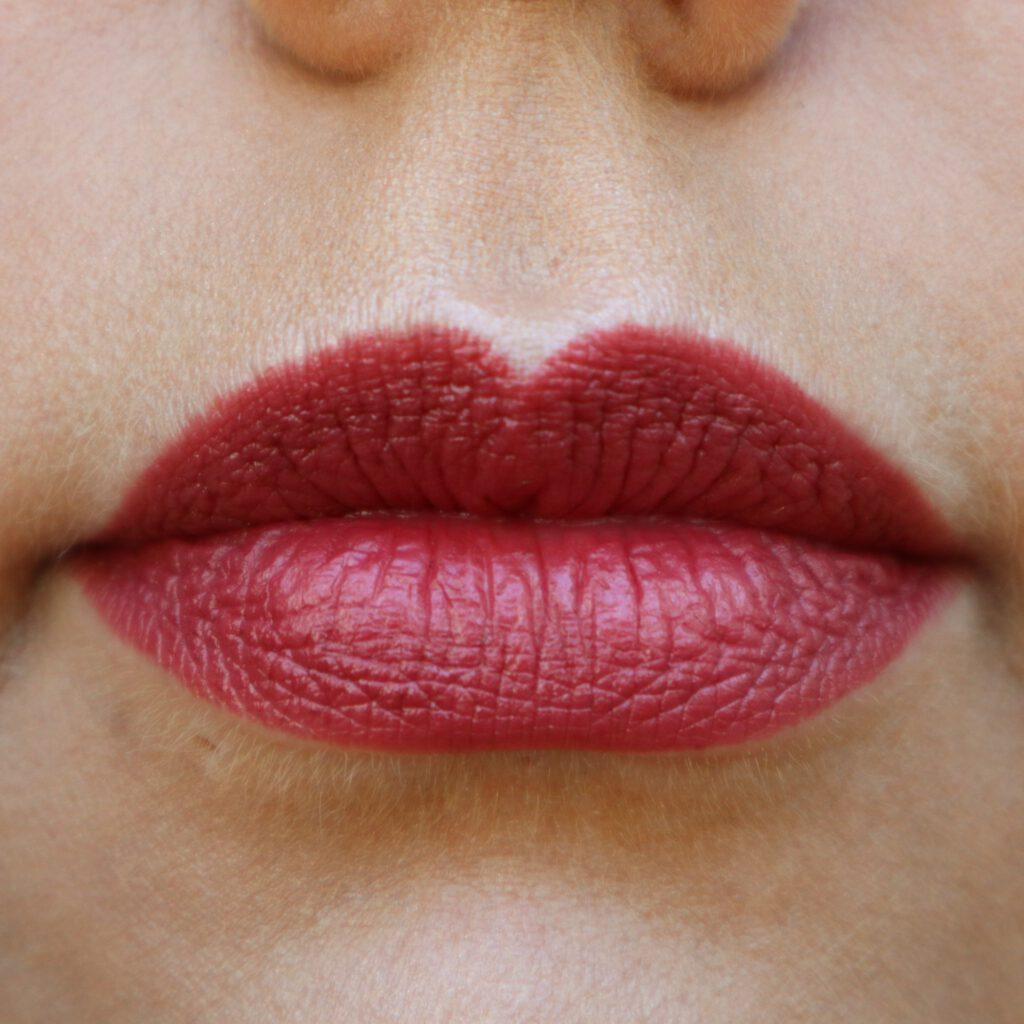 Mattlover lipstick pen let´s go marrakesh on lips