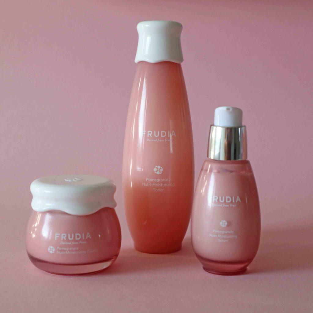 Frudia on korealainen kosmetiikkamerkki, joka pohjautuu hedelmien raaka-aineisiin.